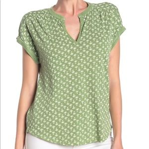 Lucky Brand Boho Green Patterned Tee Shirt XS